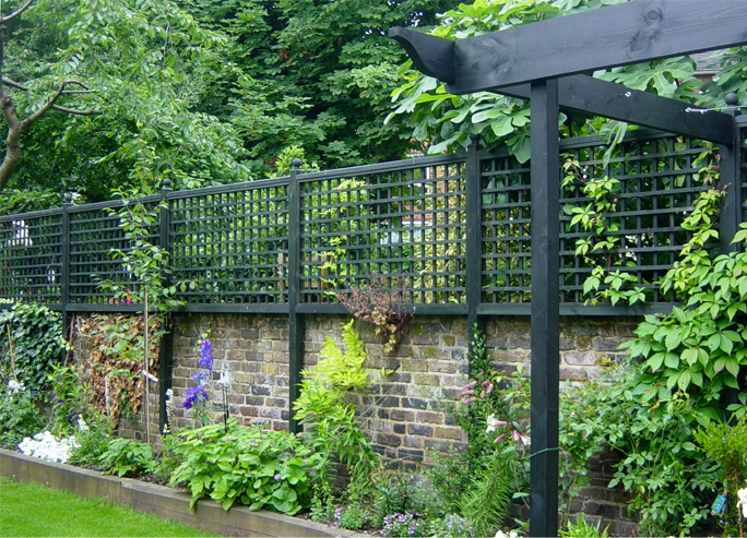 Contemporary Amp Traditional Trellis Horizontal Trellis